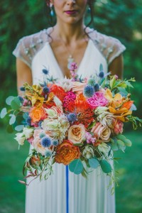 novia ramo primavera